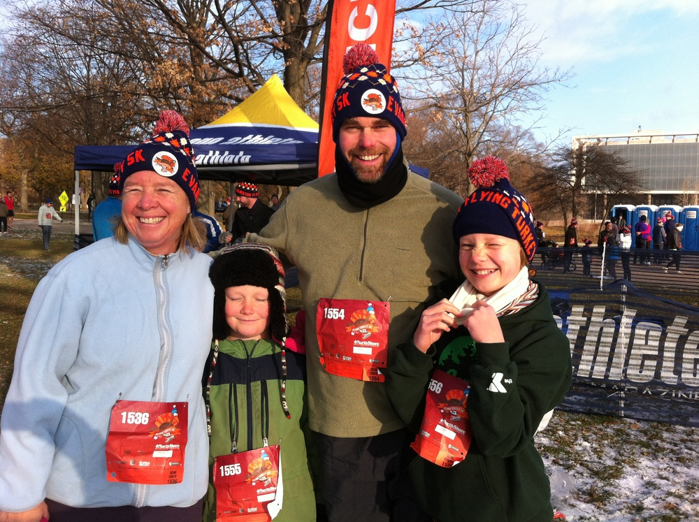 Julie and fam at the Chicago Turkey Trot in 2014.