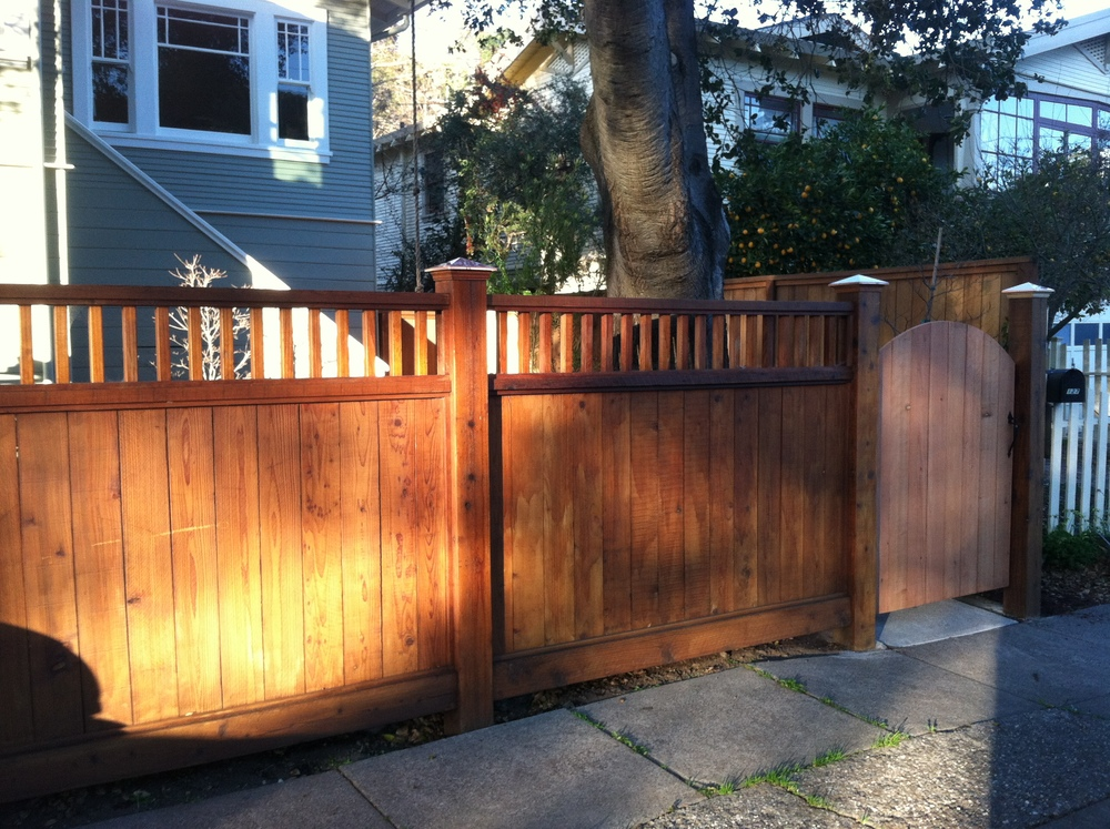 Fence design and construction: Doniel Ellis Designs