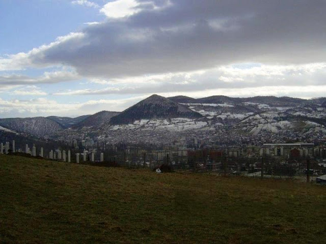 bosnian+pyramid+complex++pyramid+of+the+sun+in+snow.jpg