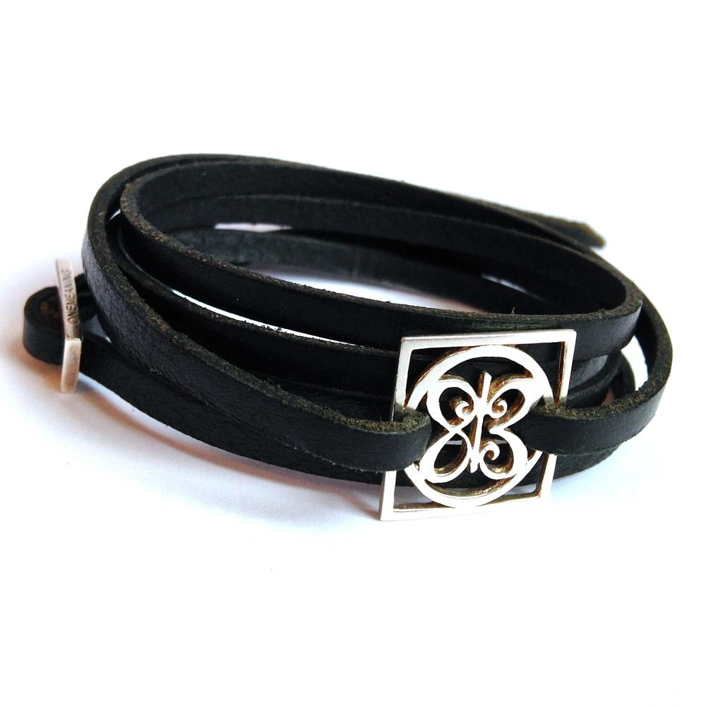 Love Squared Bracelets black 2.jpg