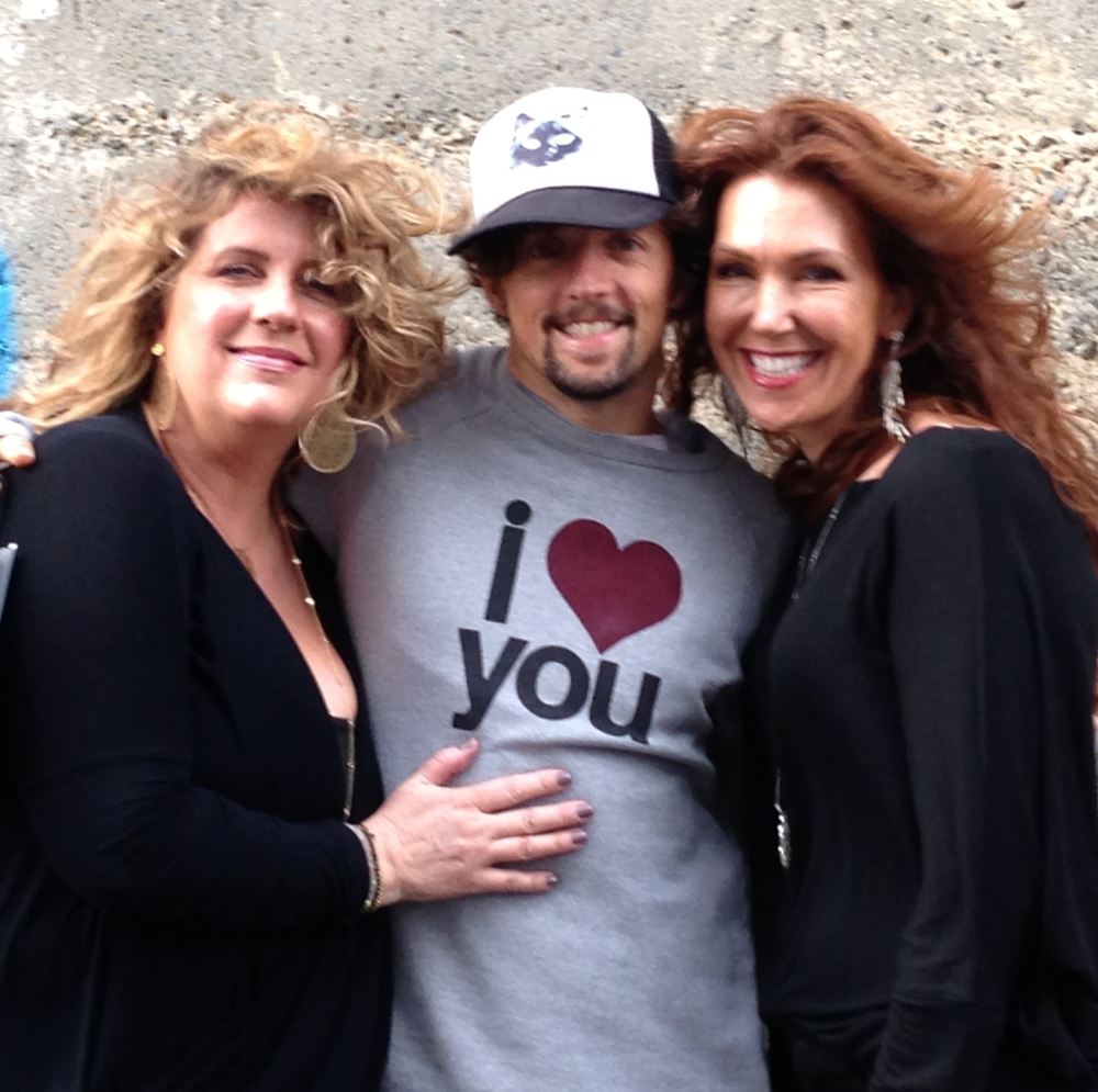 Ingrid & Karen with singer and fellow humanitarian, Jason Mraz.