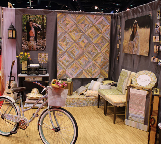 quiltmarketbooth3.jpg