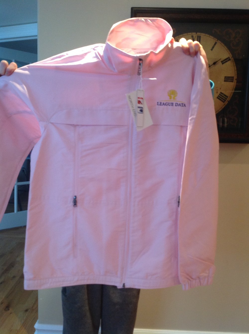League Data has donated a beautiful Ladies Spring Jacket (Medium). Retails for $70 (plus HST)