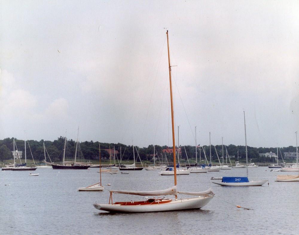 Lilith, Buzzard's Bay 25, N.Herreshoff