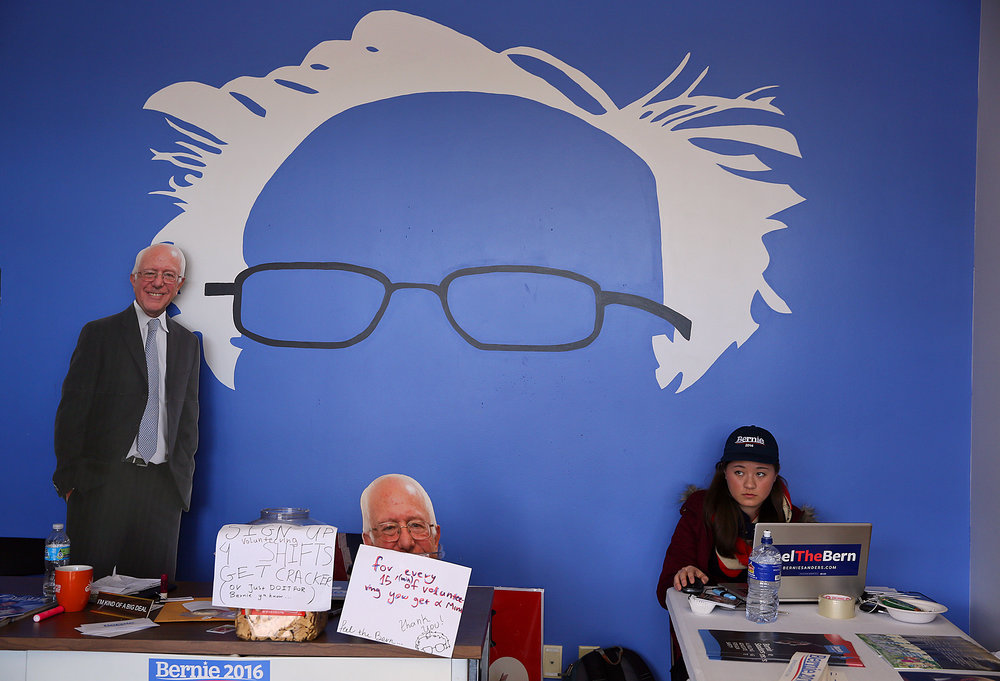Amanda Loutris, 17, of Buffalo Grove, Ill., volunteers at Bernie Sanders' headquarters in Des Moines, Iowa on Monday, Feb. 1, 2016.