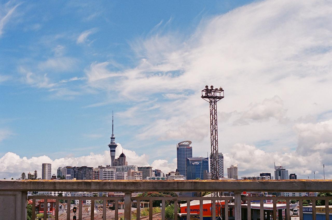 Auckland City. Olympus OM-1 + Fuji Superia X-TRA 400