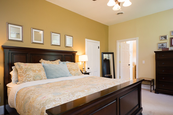 Staged bedroom for real estate photograph :: Michael Gowin Photography, Lincoln, IL