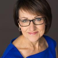 Woman's professional business headshot, Peoria, Illinois