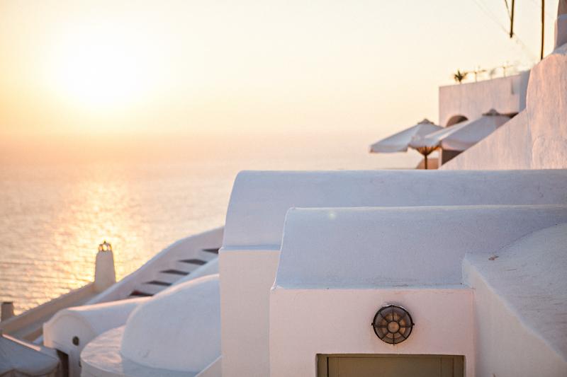 Fernwehosophy-Summer-Santorine-Travel-Destination-Wedding-Photographer-Sandra-Marusic (45).jpg
