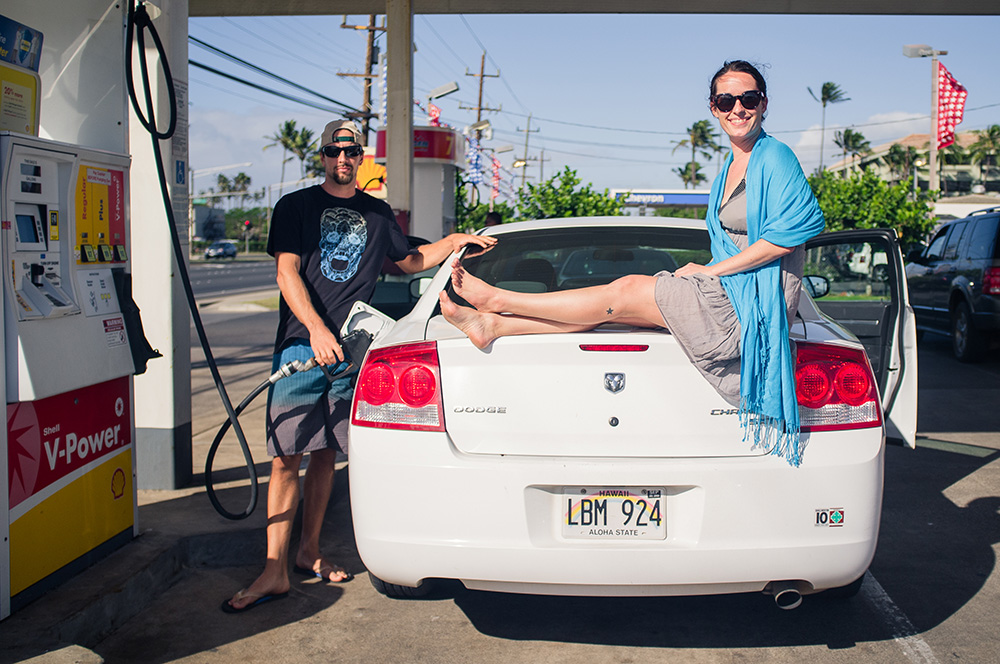 35_Maui_Pete und Melissa+Mietwagen.jpg