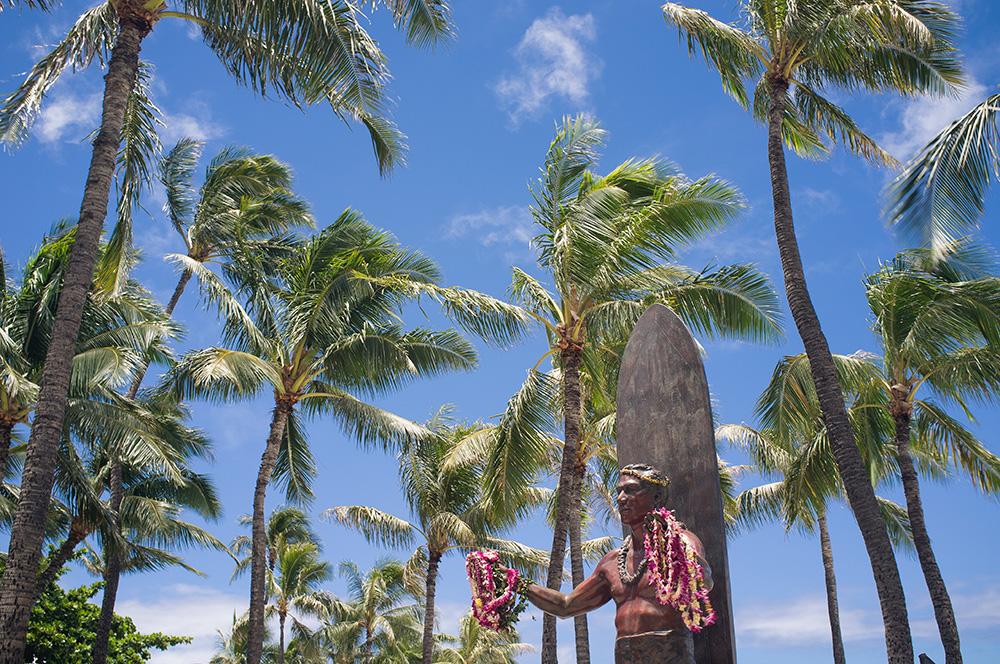 37_Oahu-HNL_Statue Duke Kahanamoku_Waikiki.jpg