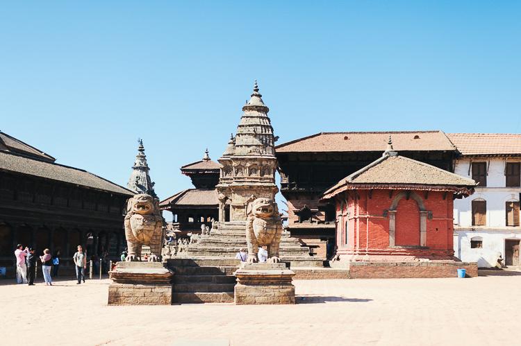 Fernwehosophy Weddingpilots Travel Kathmandu (7).jpg