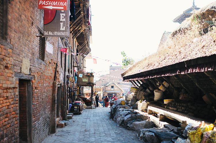 Fernwehosophy Weddingpilots Travel Kathmandu (9).jpg