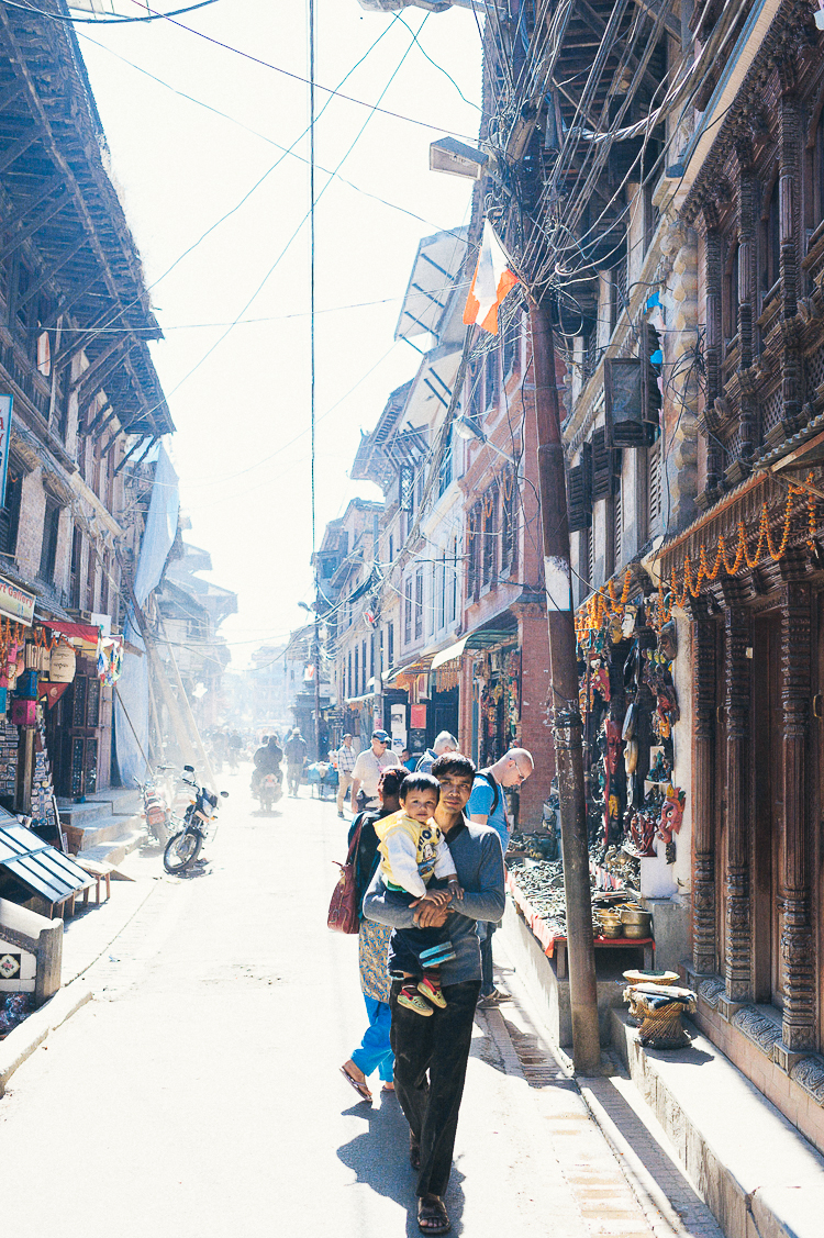 Fernwehosophy Weddingpilots Travel Kathmandu (16).jpg