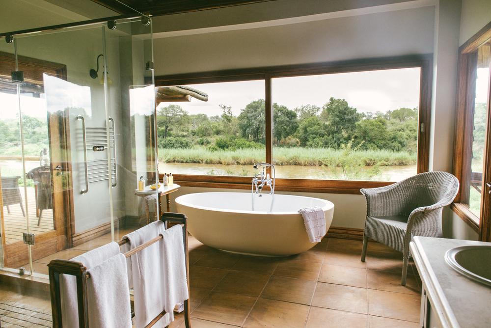 Lion Sands Kruger Park Fernwehosophy Elisaveta Schadrin-Esse (16).jpg