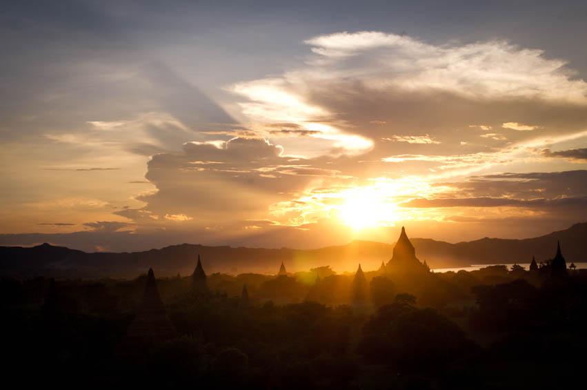 Myanmar-Steffen-Moeller-Fernwehosophy-Backpacking-Rreiseinspiration-Reisefotografen Kollektiv-50.jpg
