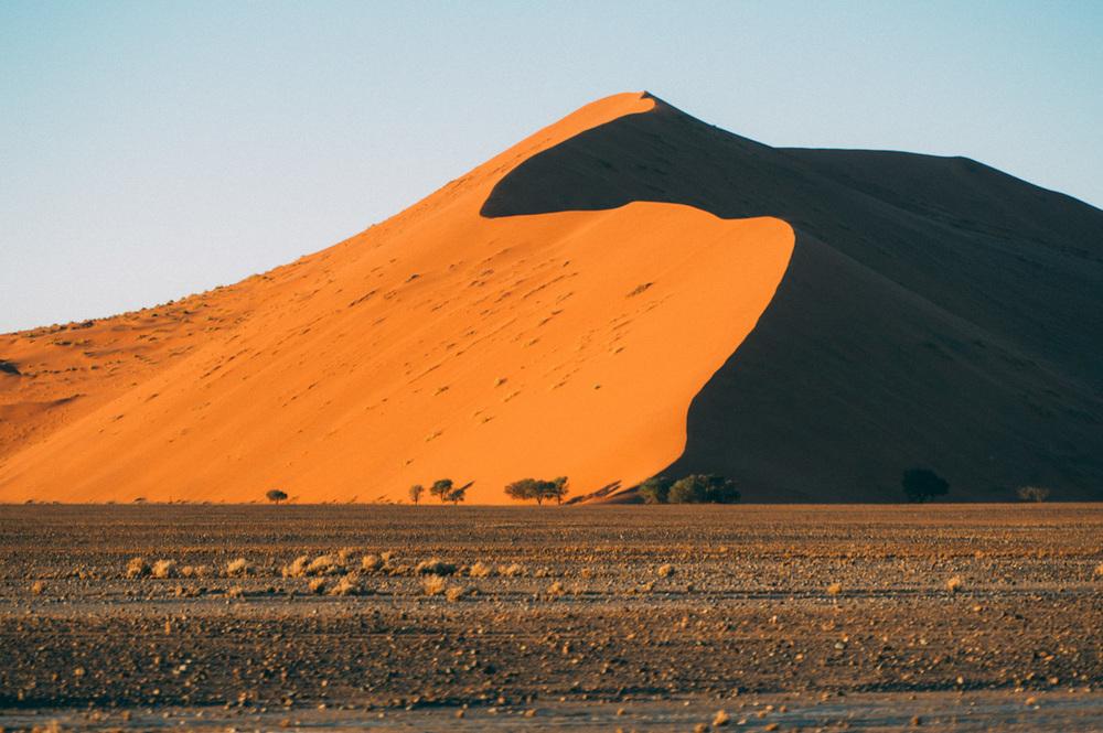 Fernwehosophy-Roadtrip-Namibia-Sossusvlei-Elisaveta-Schadrinesse (80 von 222).jpg