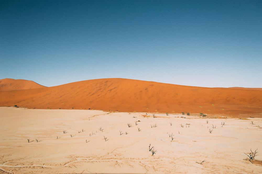 Fernwehosophy-Roadtrip-Namibia-Sossusvlei-Elisaveta-Schadrinesse (120 von 222).jpg