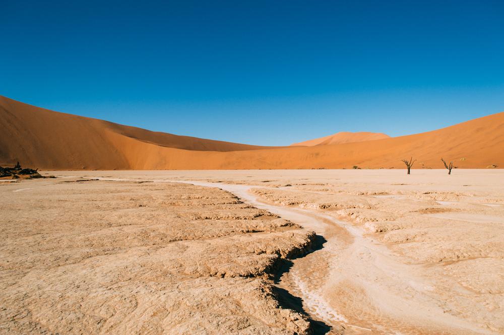 Fernwehosophy-Roadtrip-Namibia-Sossusvlei-Elisaveta-Schadrinesse (125 von 222).jpg