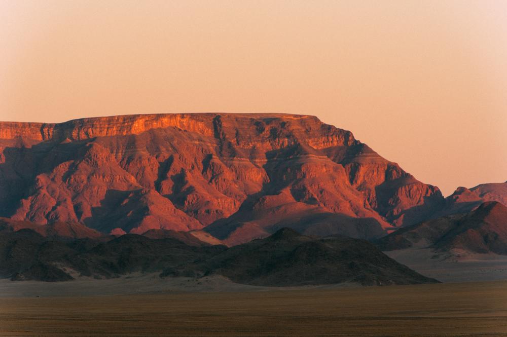 Fernwehosophy-Roadtrip-Namibia-Sossusvlei-Elisaveta-Schadrinesse (219 von 222).jpg