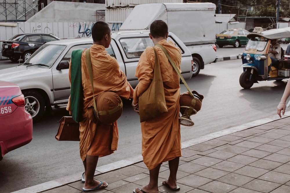 Maria-und-Linda_Thailand_ (2).jpg