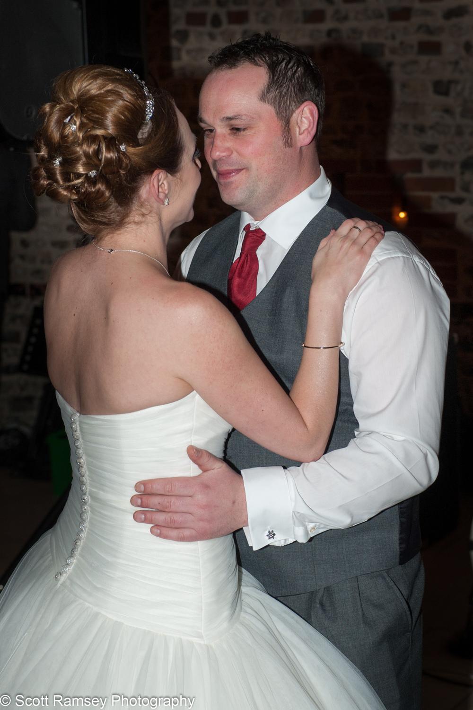 Upwaltham Barns Wedding First Dance 15121252