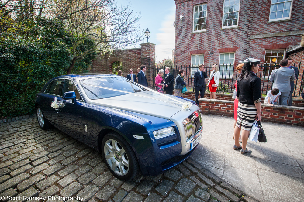 Portsmouth Registry Office Wedding Rolls Royce 040513-37