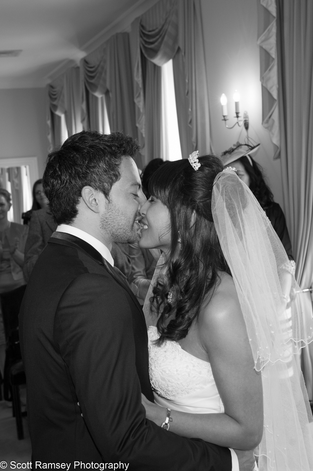 Portsmouth Registry Office Wedding Couple Kiss 040513-19