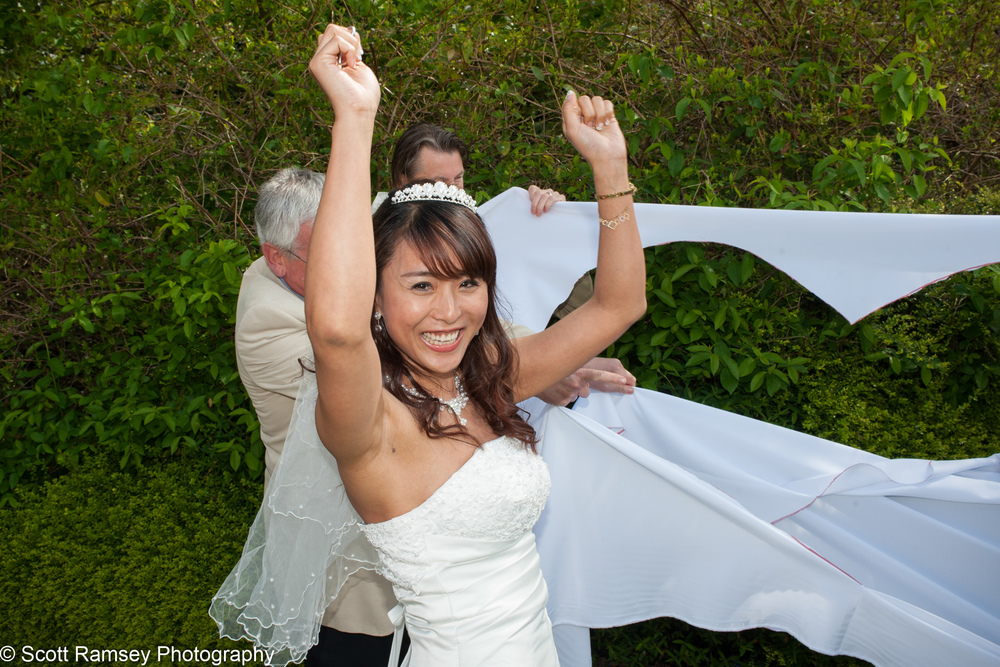 Portsmouth Registry Office Wedding Bride Celebrates 040513-29
