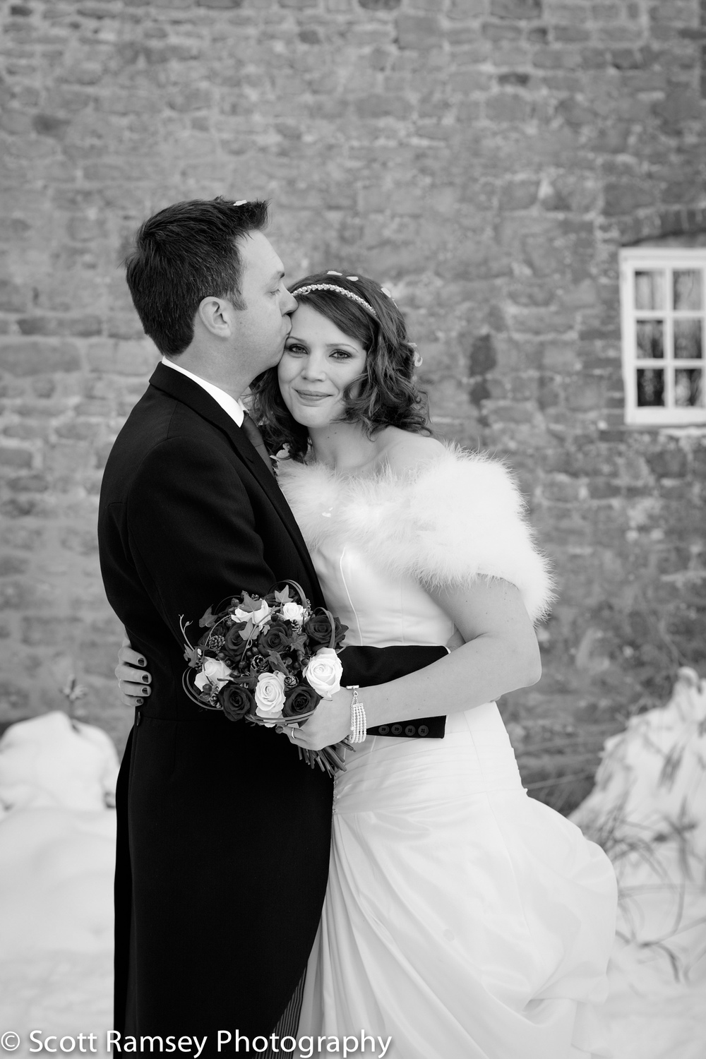 Spread-Eagle-Hotel-Wedding-Photography-Midhurst