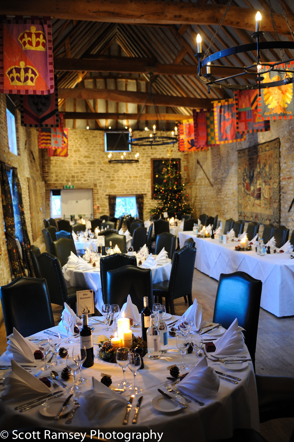 Winter-Wedding-Spread-Eagle-Hotel-Midhurst-Jacobean-Hall-031210-