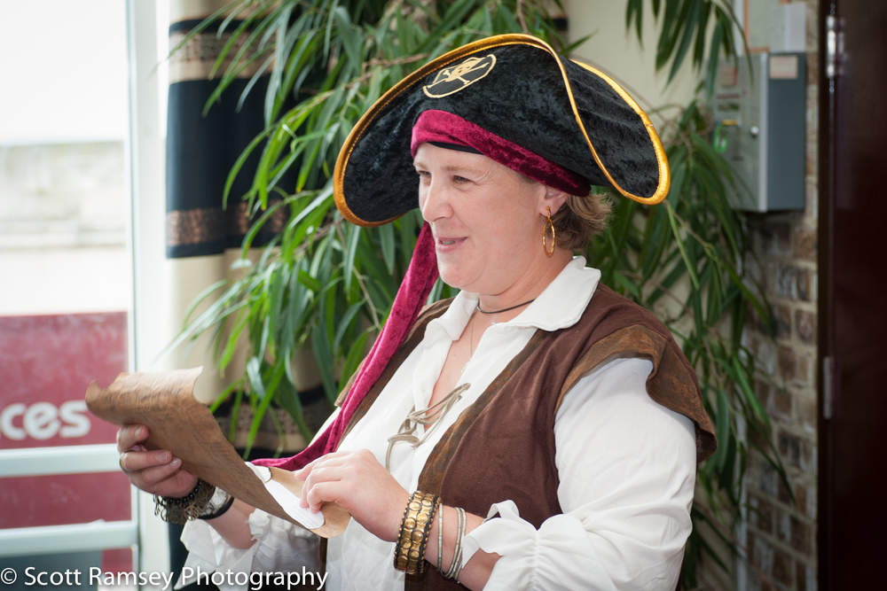 Brighton-Wedding-Photography-Pirate-Theme-Guest-Dressed-As-A-Pir