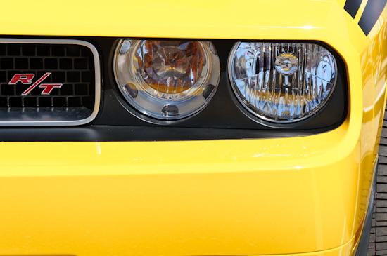 Challenger, headlights
