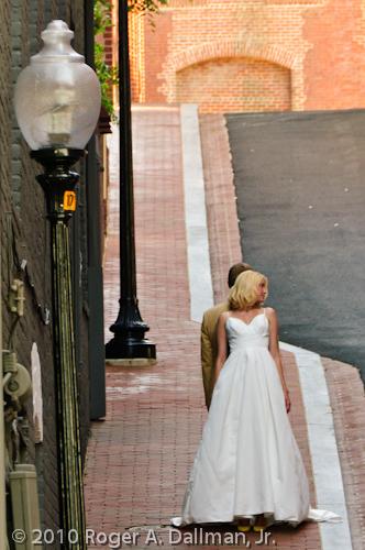 wedding couple in Georgetown, VA