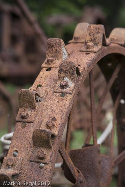 Iron Tractor, Wheel