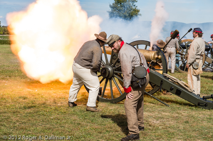 cannon fire at Antietam Battlefield