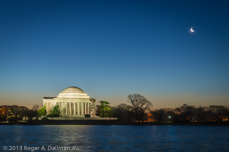 photo of sunrise at the Jefferson Memorial, Washington, DC