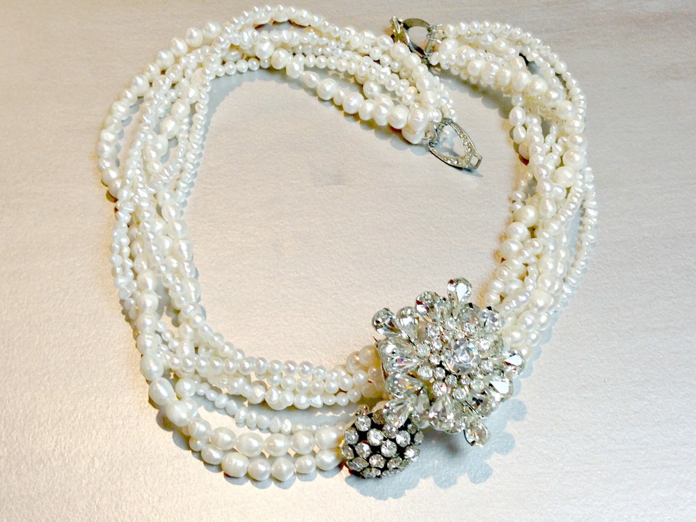 traditional_brooch necklace1.jpg
