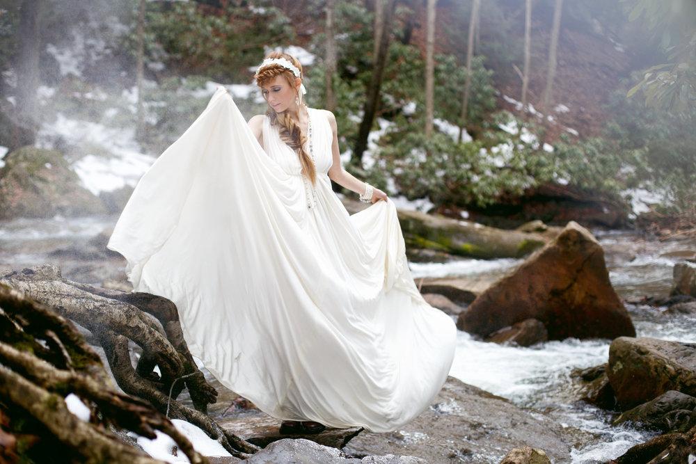 Image by  La Candella Weddings