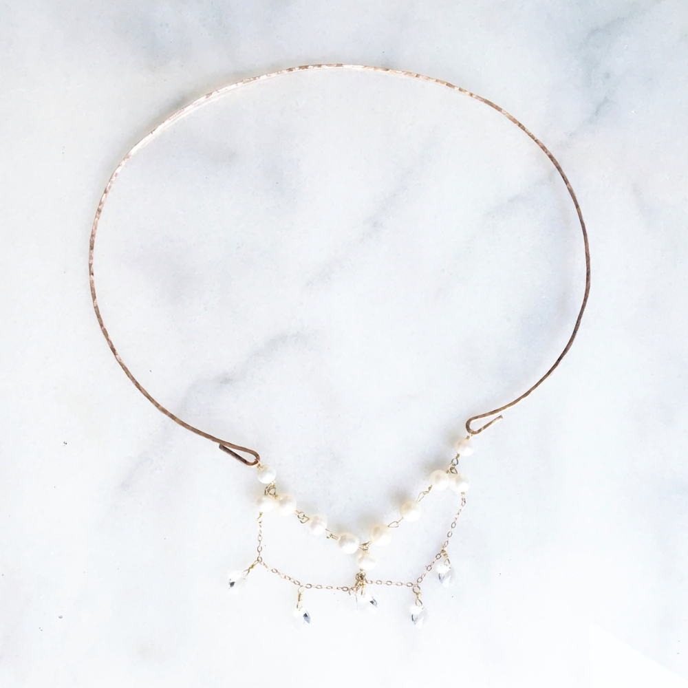 Modern Collar Necklace by Everissta Bridal