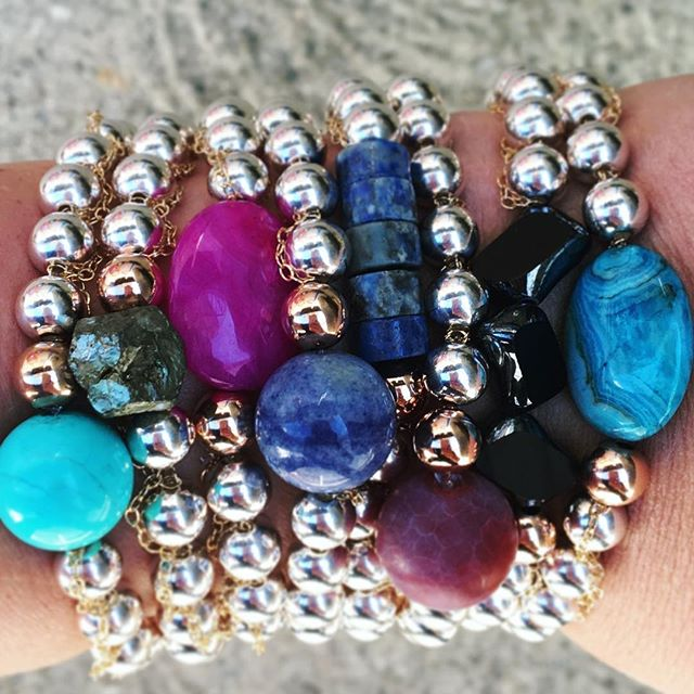 Just got an email from Accessories Magazine that beaded accessories are in. I couldn't agree more! I have been seeing a lot of bracelets in gold beads. These would be so pretty in gold. The wheels are turning!!