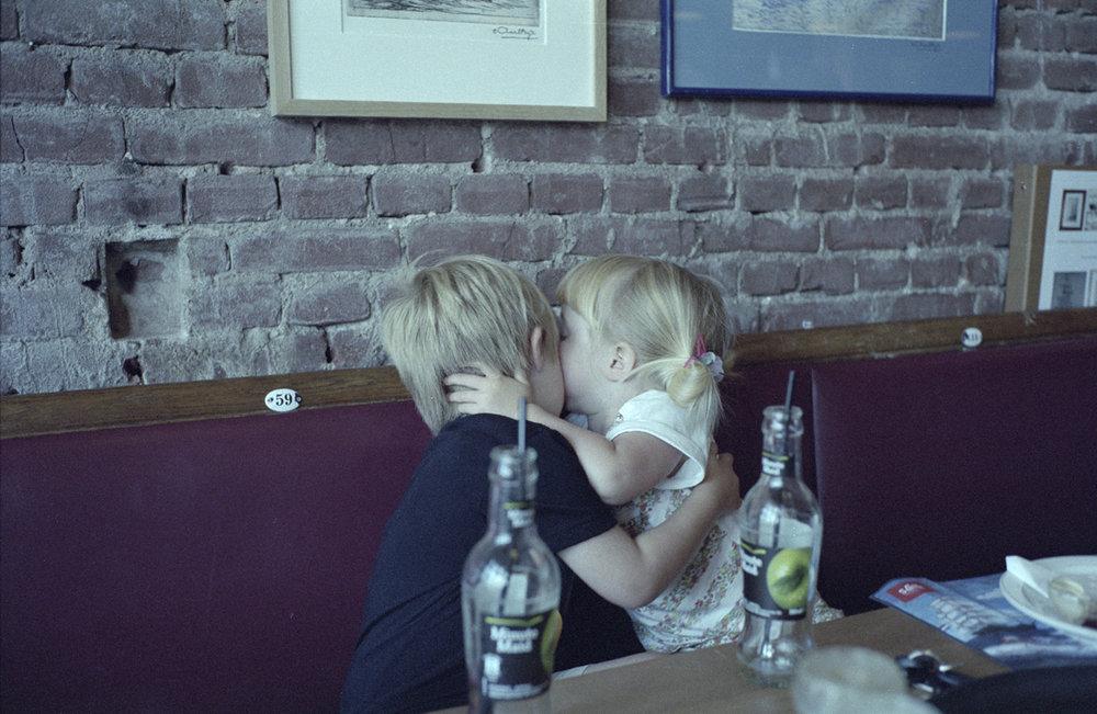 julian frankie kiss.jpg
