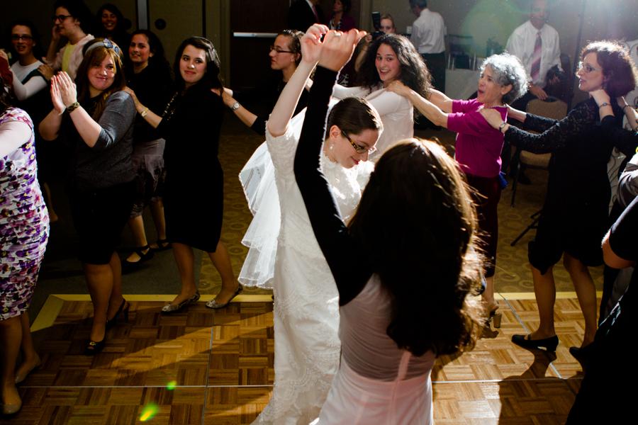 jewish-wedding-photographer-milwaukee-chicago-na-64.jpg