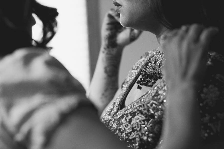 milwaukee-documentary-wedding-photography_zn-21.jpg