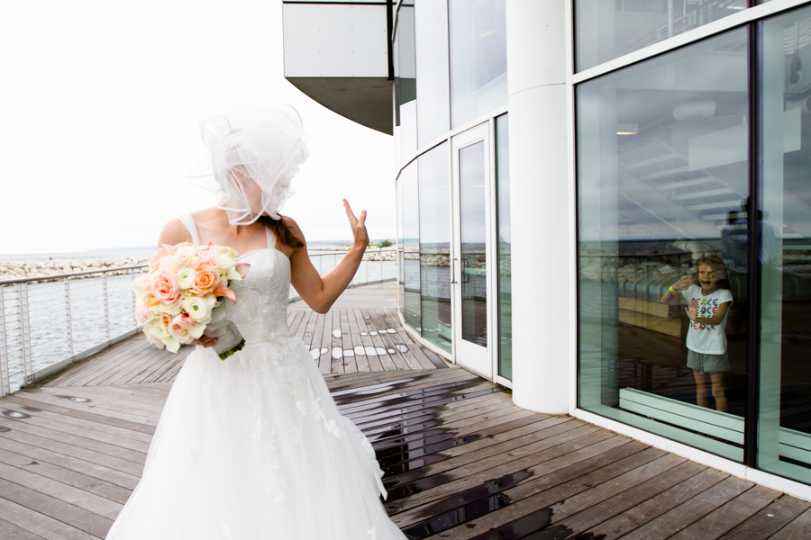 milwaukee_wedding_photography_at_old_st_mary's_pier_wisconsin_jared_claire-025.jpg