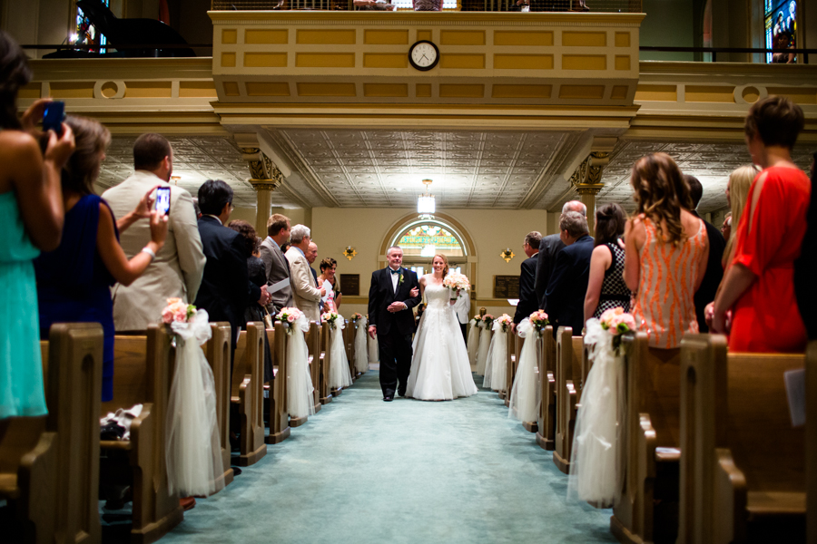 milwaukee_wedding_photography_at_old_st_mary's_pier_wisconsin_jared_claire-034.jpg