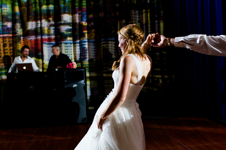 milwaukee_wedding_photography_at_old_st_mary's_pier_wisconsin_jared_claire-054.jpg
