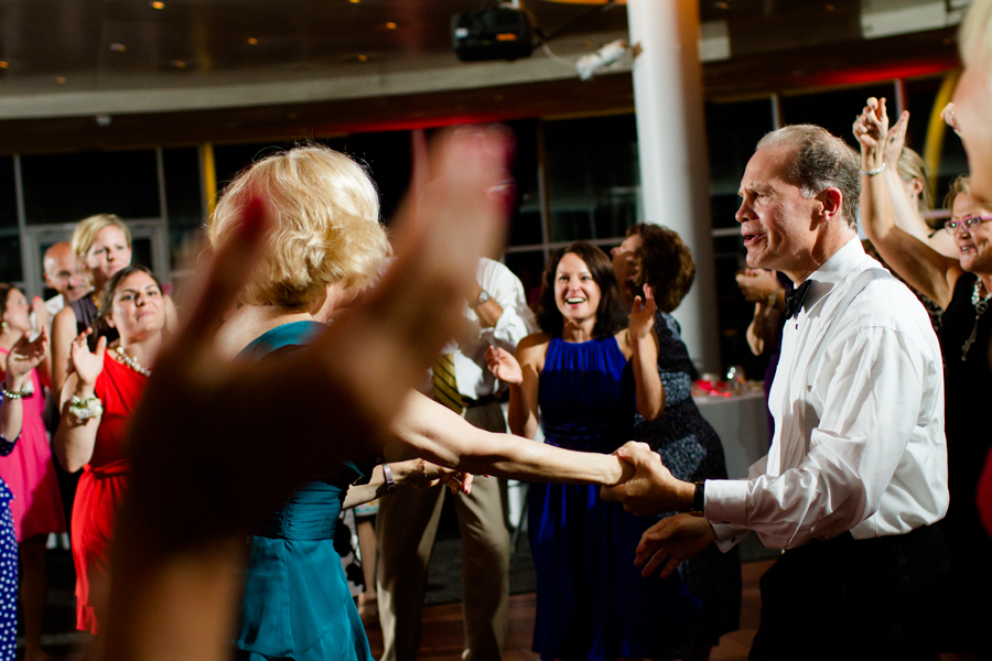 milwaukee_wedding_photography_at_old_st_mary's_pier_wisconsin_jared_claire-057.jpg
