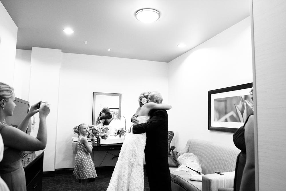 grain_exchange_wedding_milwaukee_photographers-013.jpg