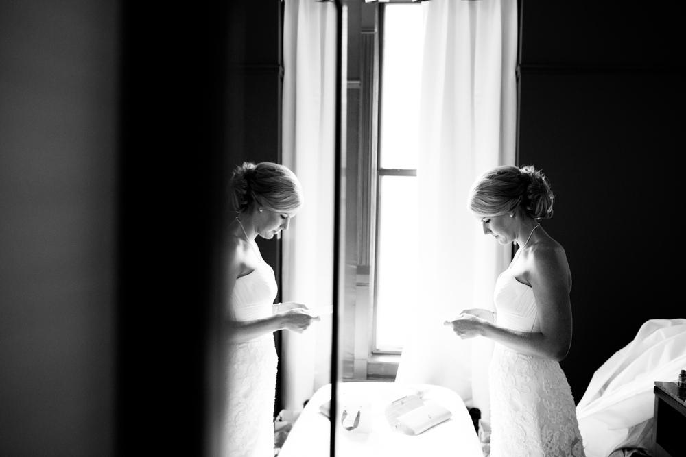 grain_exchange_wedding_milwaukee_photographers-016.jpg